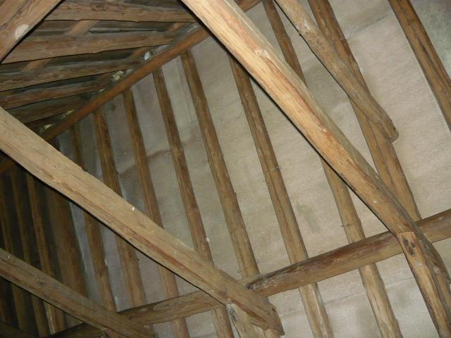 asbesthoudend dakbeschot op sporenkap